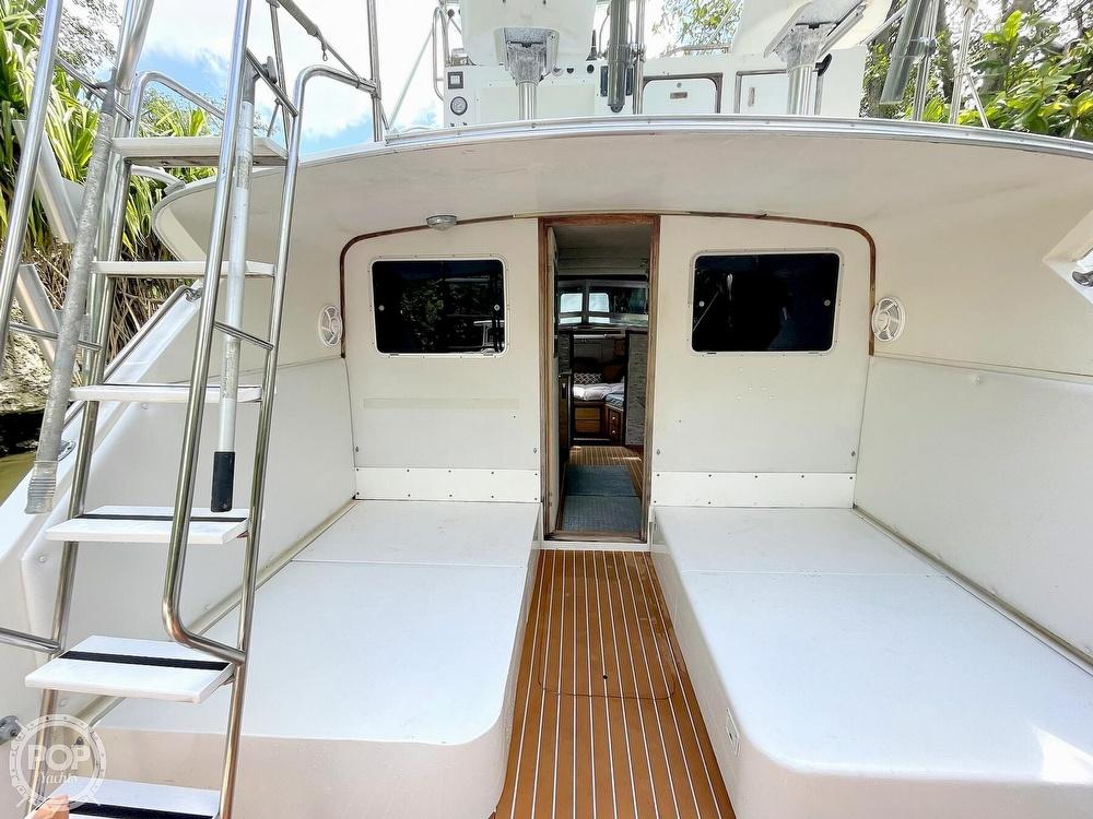 1983 Bertram boat for sale, model of the boat is 33 Sportfish & Image # 26 of 40
