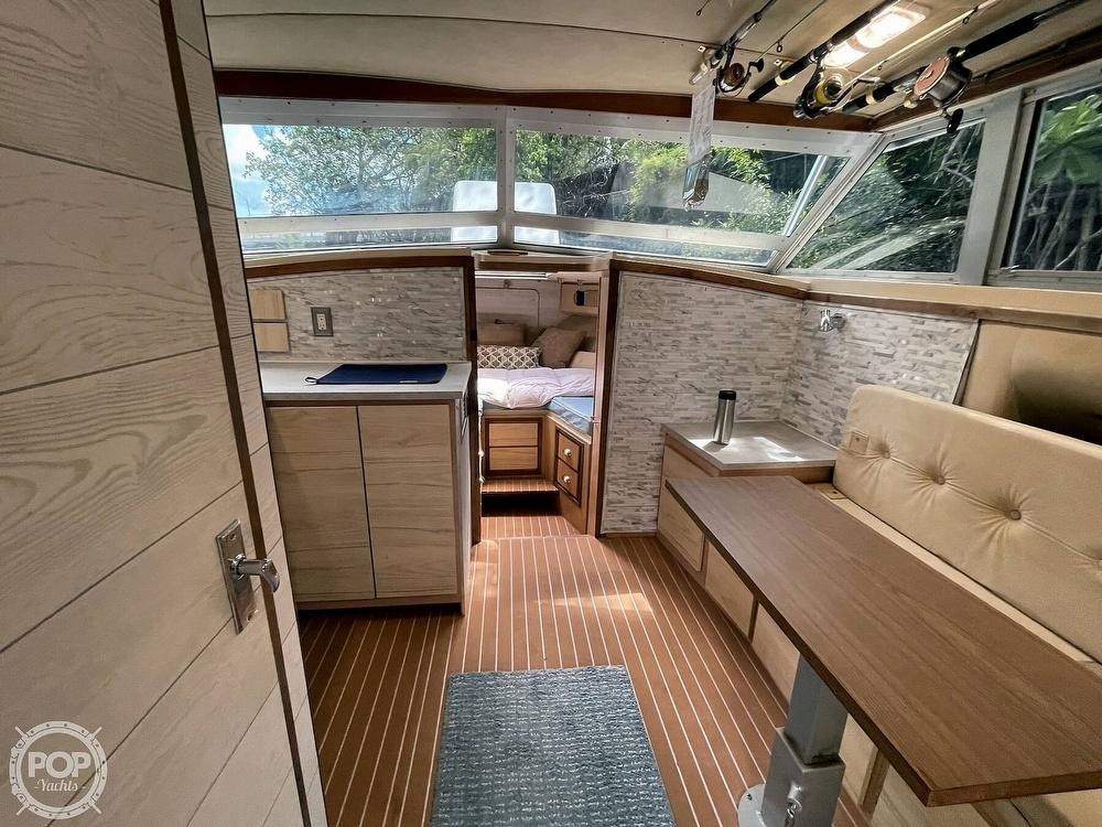 1983 Bertram boat for sale, model of the boat is 33 Sportfish & Image # 28 of 40