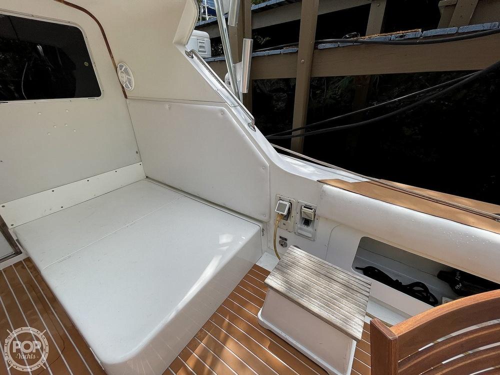 1983 Bertram boat for sale, model of the boat is 33 Sportfish & Image # 25 of 40