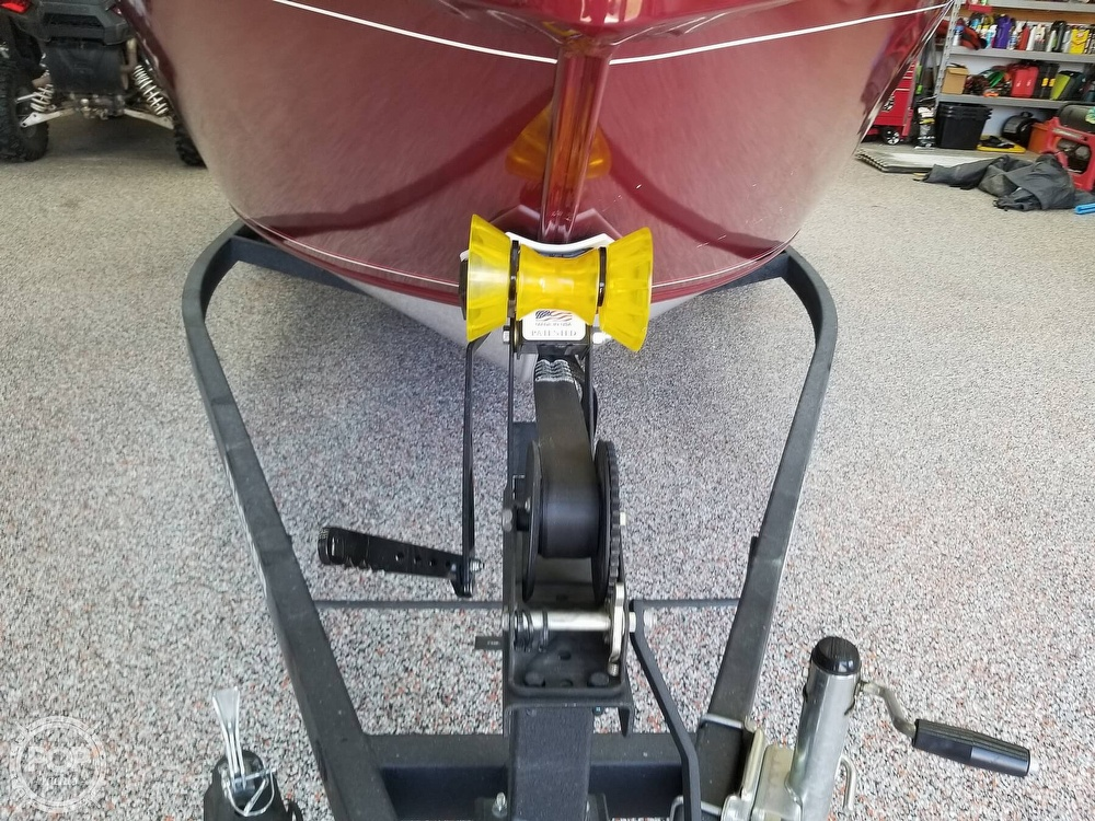 2018 Tracker Boats boat for sale, model of the boat is Pro Guide V-175 WT & Image # 17 of 40