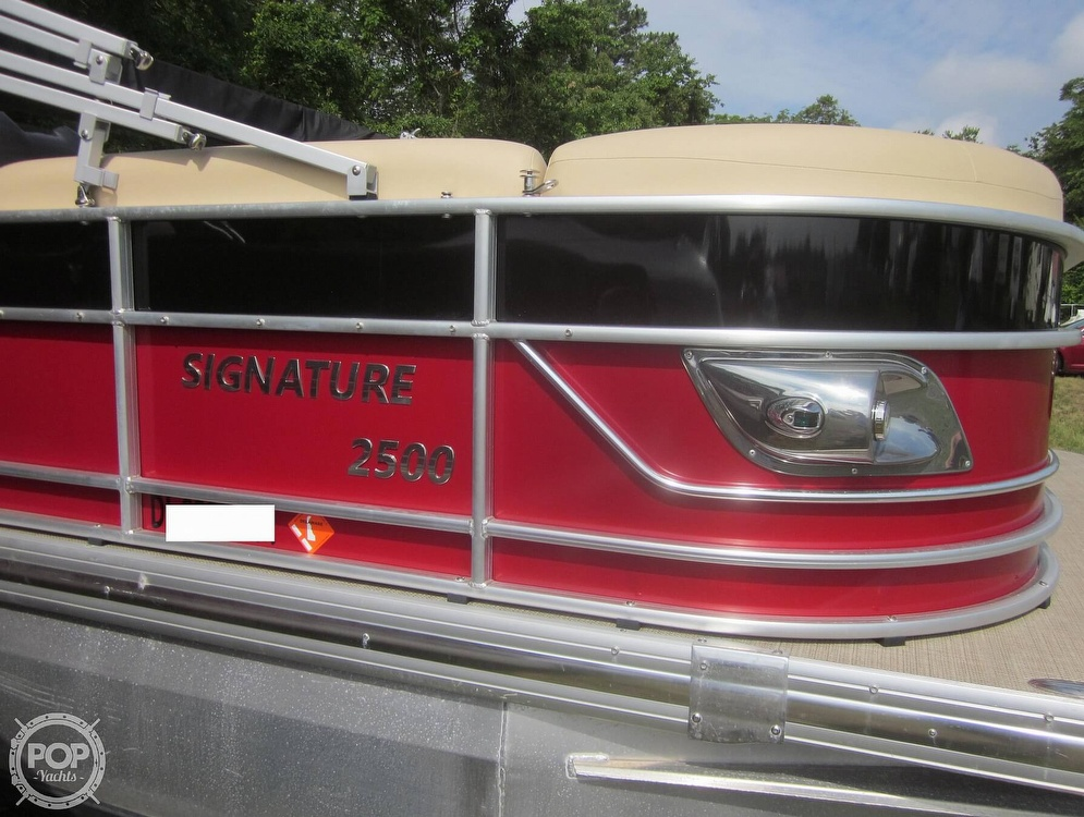 2019 Landau boat for sale, model of the boat is 2500 SIGNATURE CRUISE & Image # 8 of 40