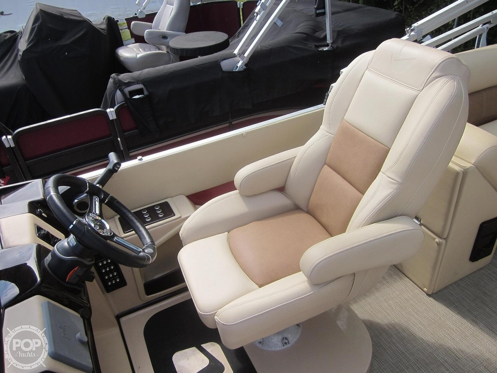 2019 Landau boat for sale, model of the boat is 2500 SIGNATURE CRUISE & Image # 33 of 40