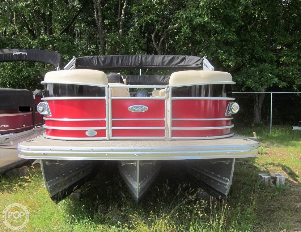 2019 Landau boat for sale, model of the boat is 2500 SIGNATURE CRUISE & Image # 9 of 40
