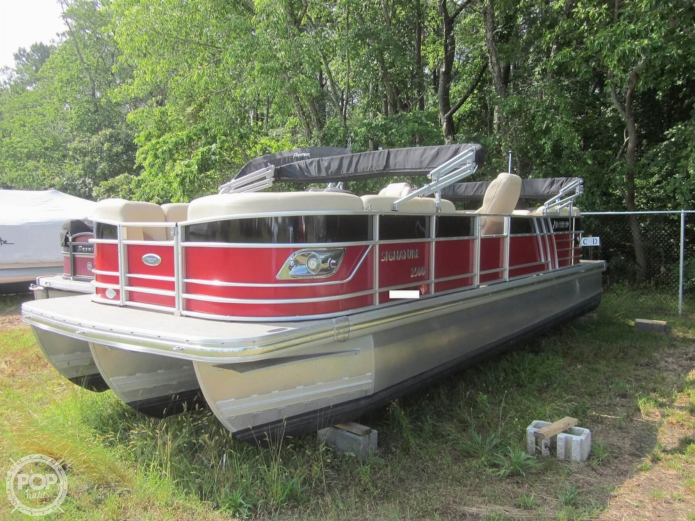 2019 Landau boat for sale, model of the boat is 2500 SIGNATURE CRUISE & Image # 6 of 40