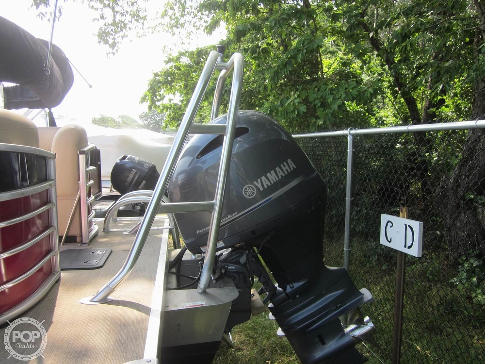 2019 Landau boat for sale, model of the boat is 2500 SIGNATURE CRUISE & Image # 16 of 40