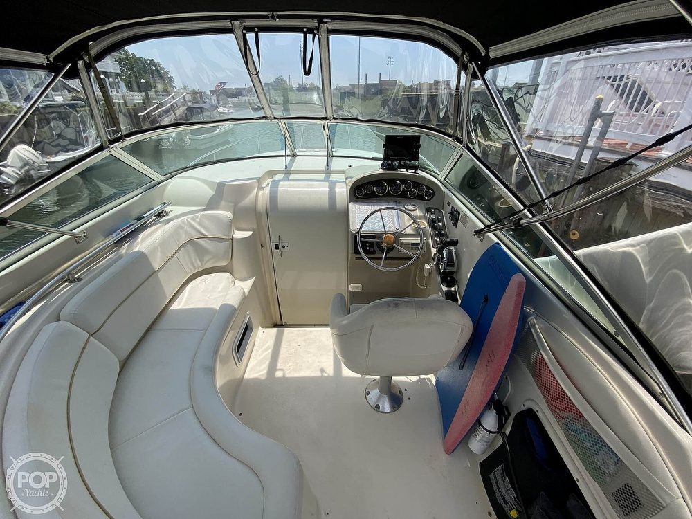 2001 Rinker boat for sale, model of the boat is 270 Fiesta Vee & Image # 5 of 40
