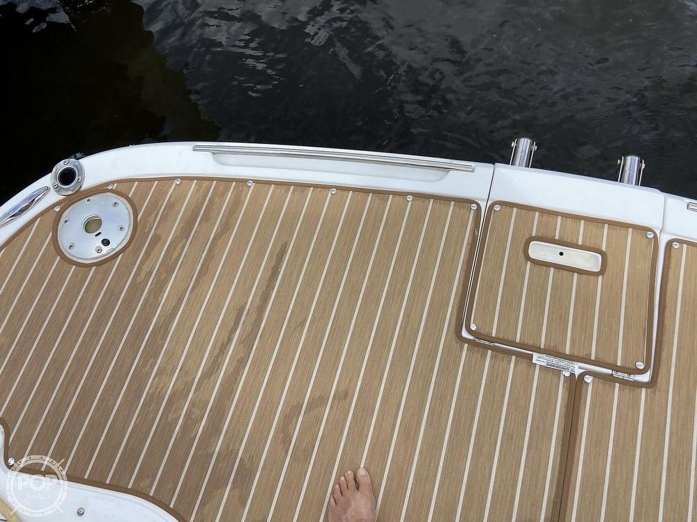 2009 Doral International boat for sale, model of the boat is INTRIGUE & Image # 16 of 40
