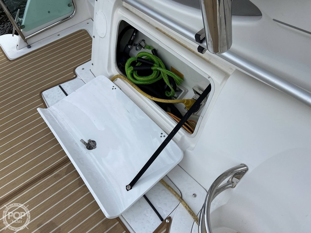 2009 Doral International boat for sale, model of the boat is INTRIGUE & Image # 21 of 40