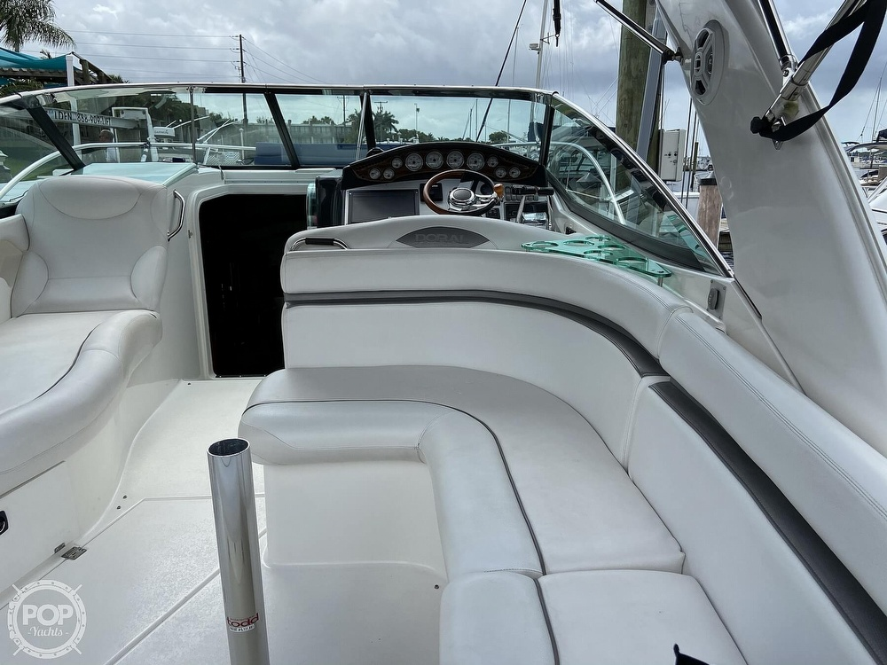 2009 Doral International boat for sale, model of the boat is INTRIGUE & Image # 13 of 40