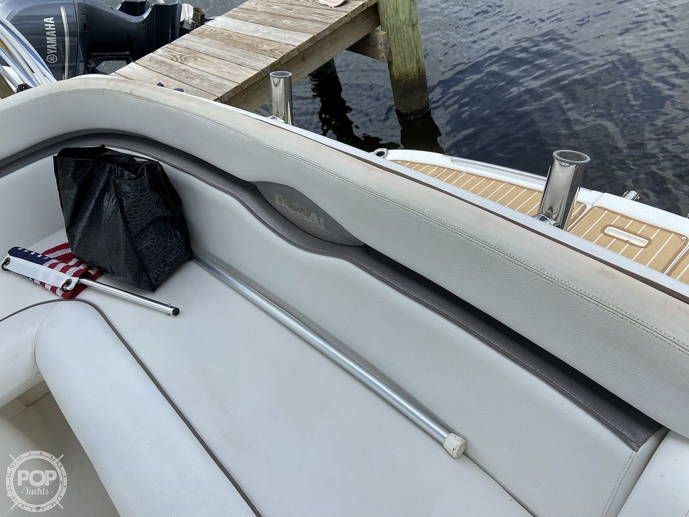 2009 Doral International boat for sale, model of the boat is INTRIGUE & Image # 30 of 40