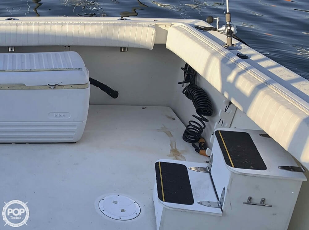 1990 Tiara Yachts boat for sale, model of the boat is 2700 Pursuit Open & Image # 11 of 25