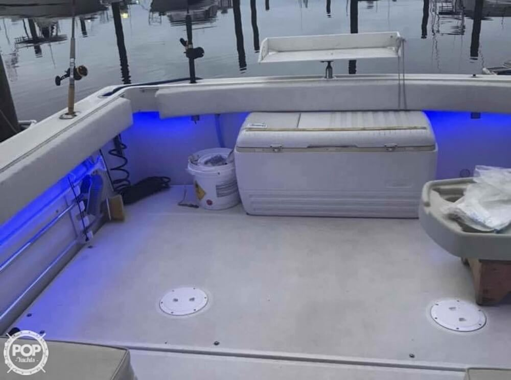 1990 Tiara Yachts boat for sale, model of the boat is 2700 Pursuit Open & Image # 13 of 25