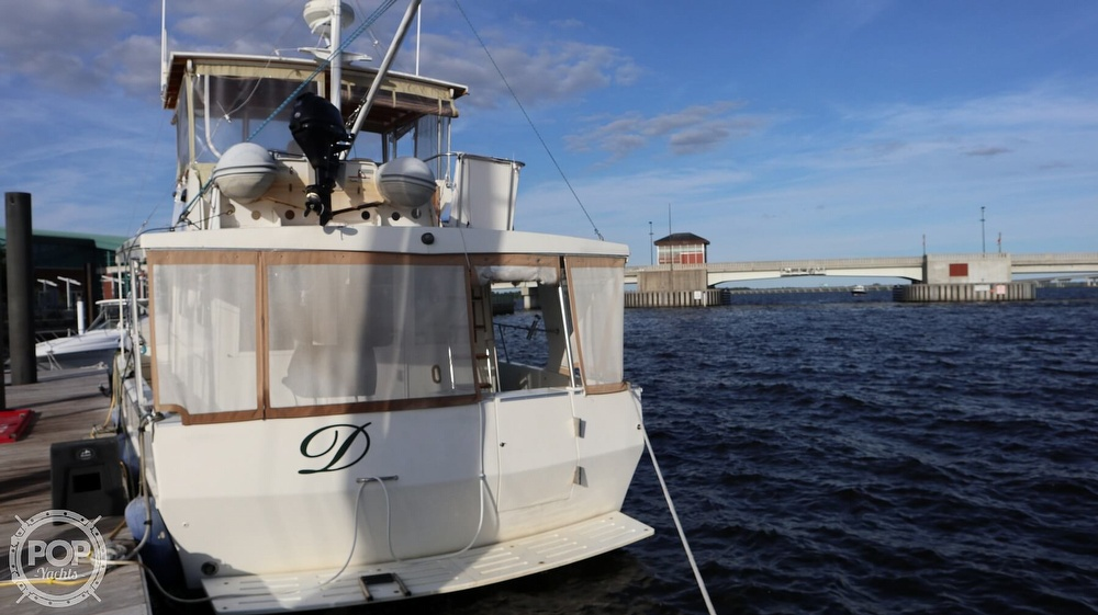 1997 Bruce Roberts boat for sale, model of the boat is 46 Long Range & Image # 18 of 40
