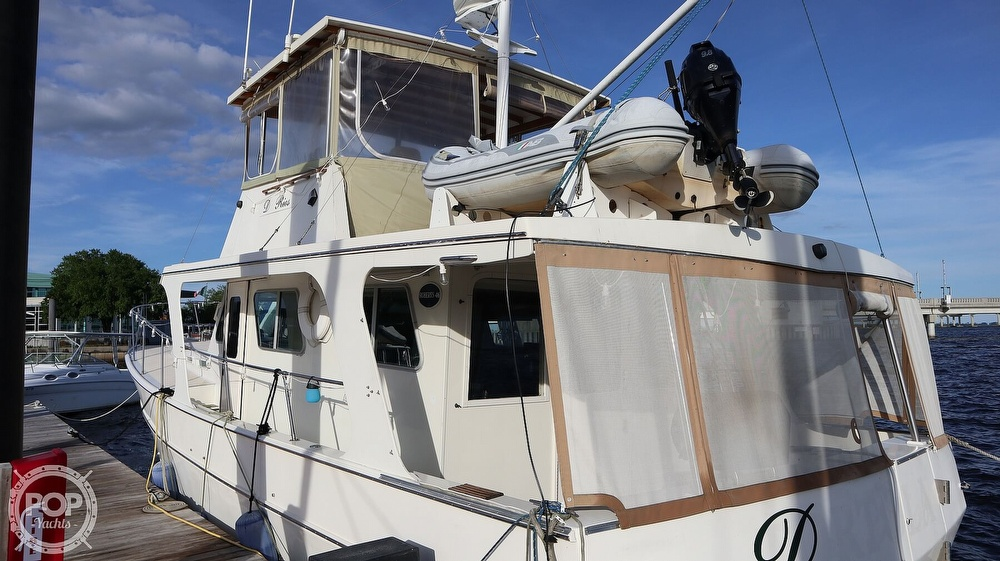 1997 Bruce Roberts boat for sale, model of the boat is 46 Long Range & Image # 20 of 40