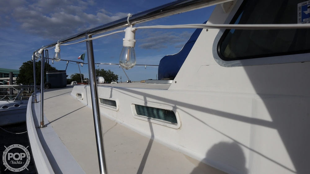 1997 Bruce Roberts boat for sale, model of the boat is 46 Long Range & Image # 30 of 40