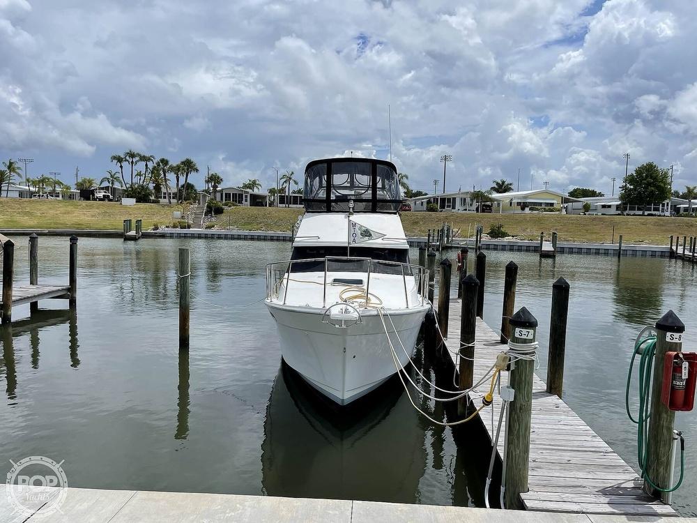 1989 Bayliner boat for sale, model of the boat is 3288 Motoryacht & Image # 2 of 40