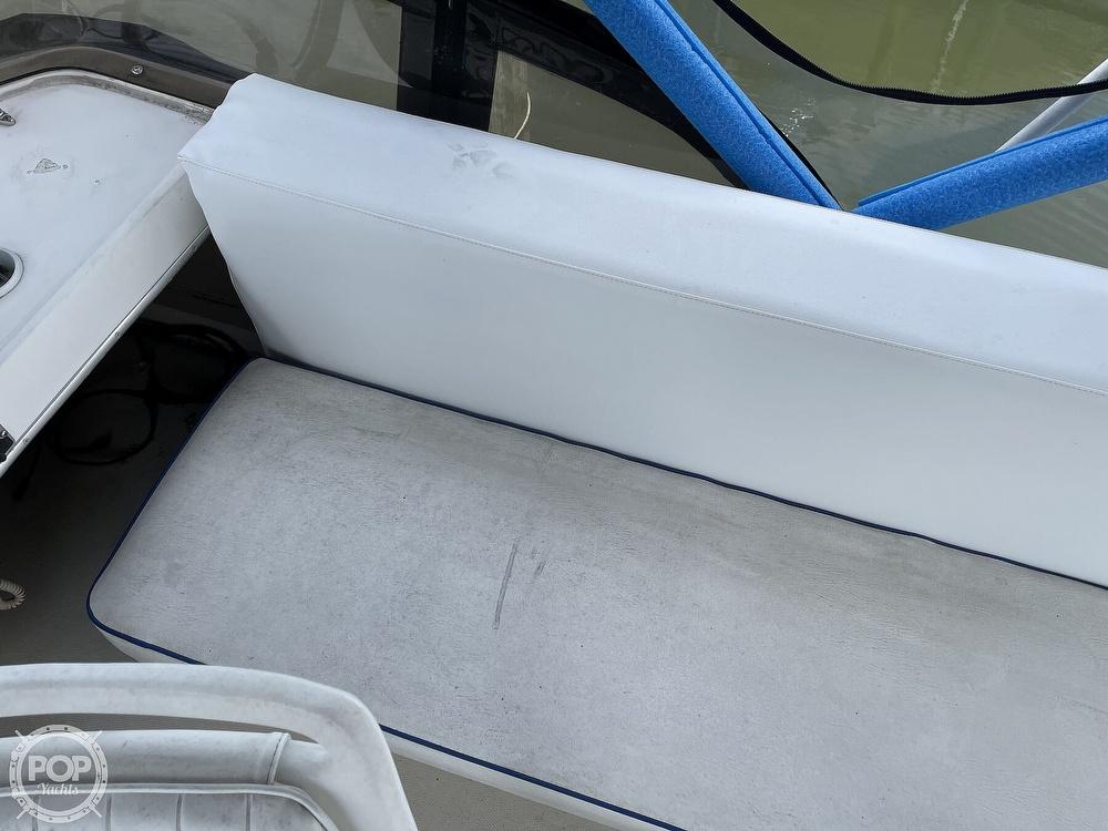 1989 Bayliner boat for sale, model of the boat is 3288 Motoryacht & Image # 37 of 40