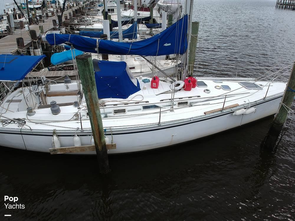 1985 Hunter boat for sale, model of the boat is 40 Legend & Image # 26 of 40