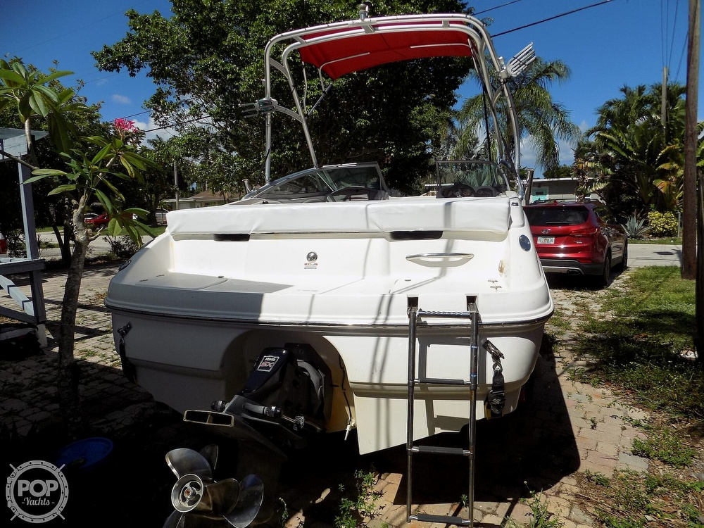 2006 Chaparral boat for sale, model of the boat is 210 SSI & Image # 4 of 40