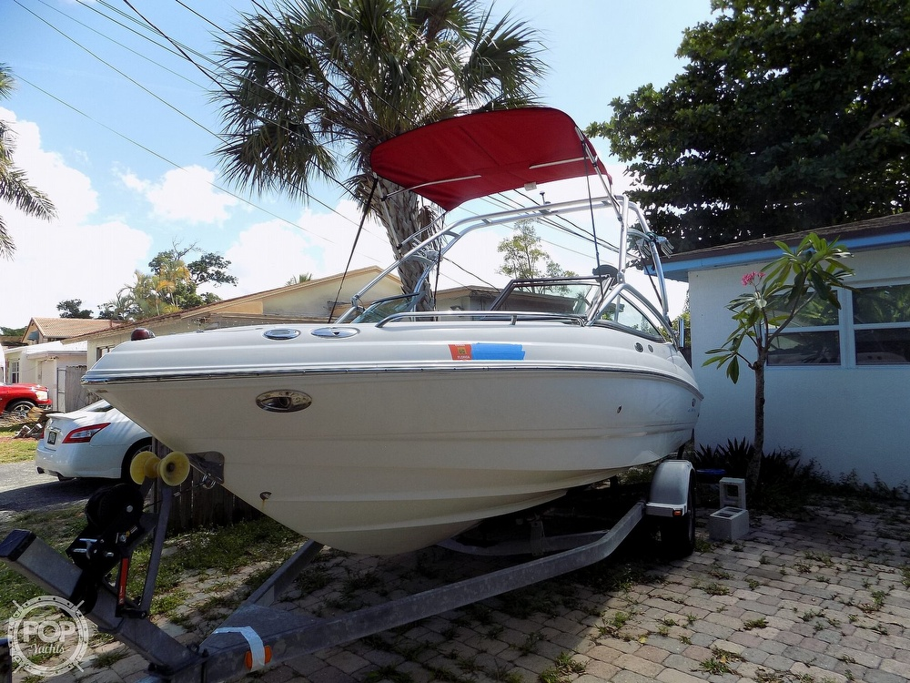 2006 Chaparral boat for sale, model of the boat is 210 SSI & Image # 9 of 40