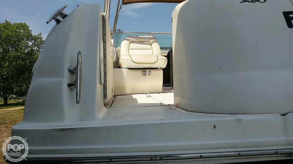 2002 Sea Ray boat for sale, model of the boat is 290 Amberjack & Image # 33 of 40