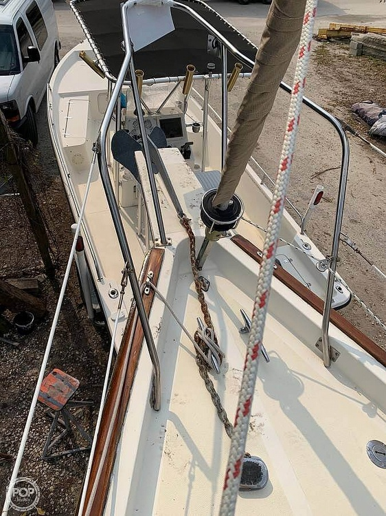 1982 Bombay Clipper boat for sale, model of the boat is 31 & Image # 20 of 24