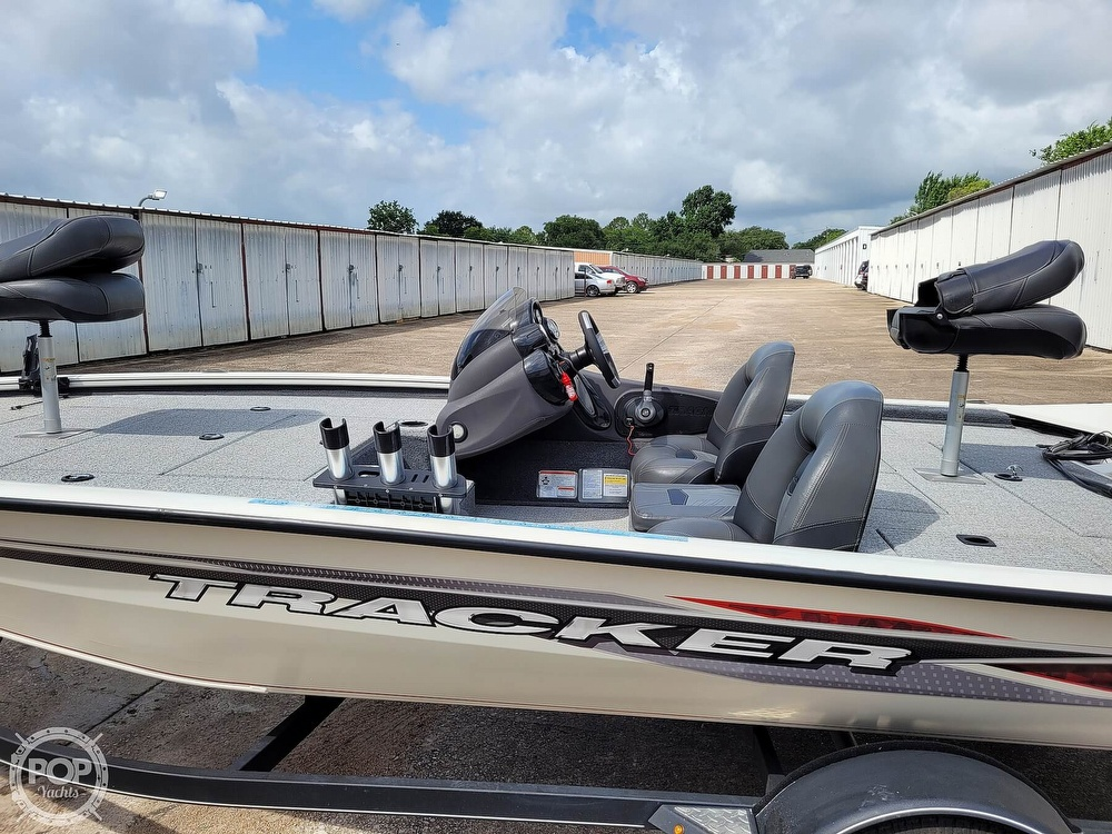 2020 Bass Tracker Pro boat for sale, model of the boat is 195 TXW Tournament Edition & Image # 13 of 40