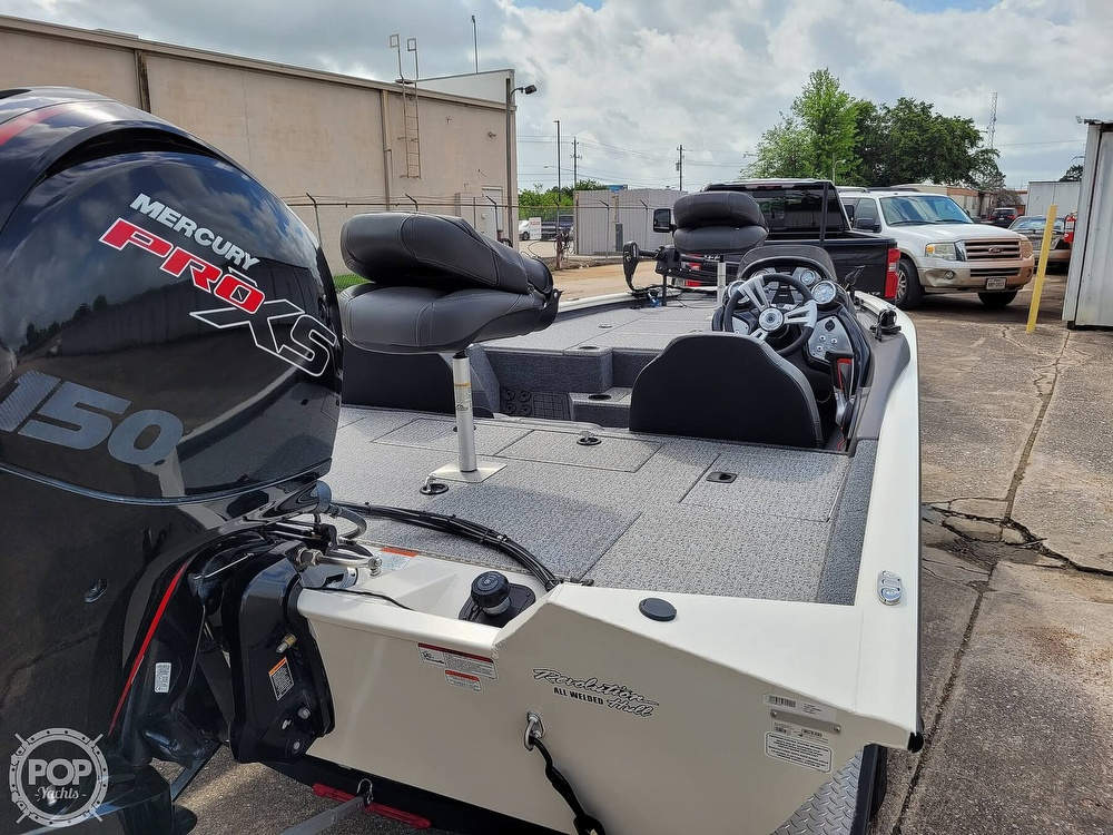 2020 Bass Tracker Pro boat for sale, model of the boat is 195 TXW Tournament Edition & Image # 14 of 40