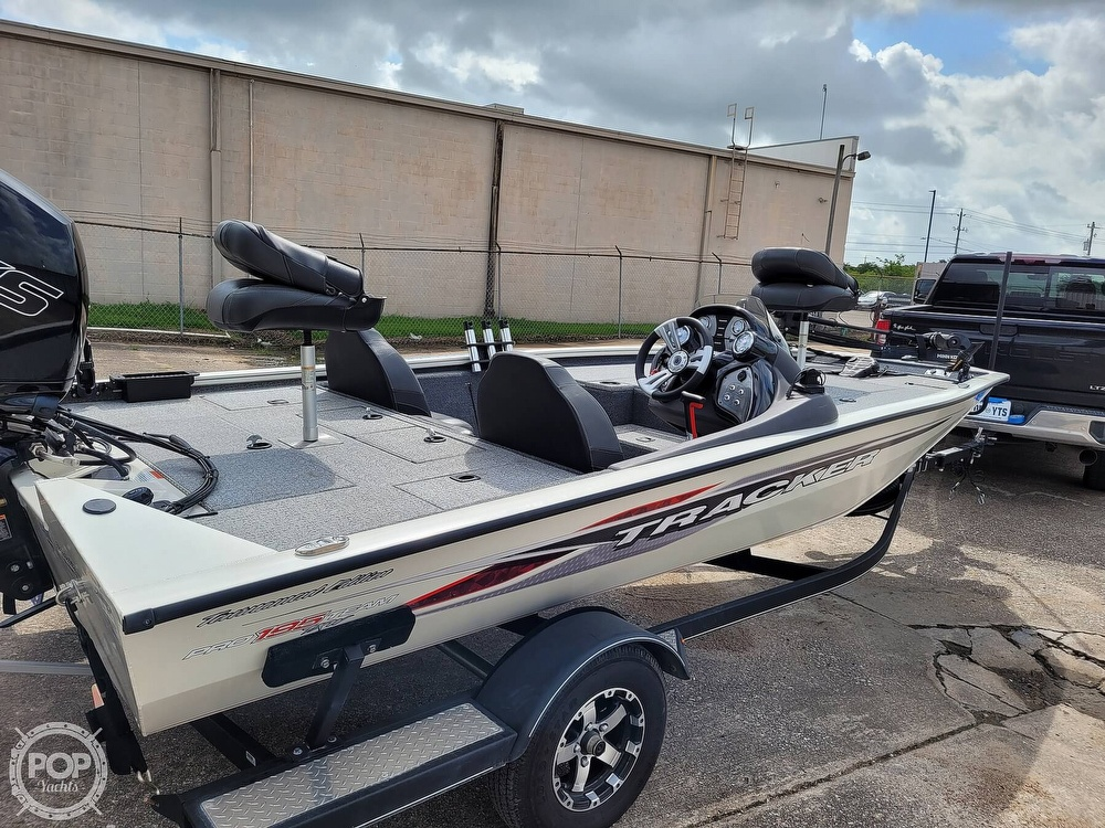 2020 Bass Tracker Pro boat for sale, model of the boat is 195 TXW Tournament Edition & Image # 15 of 40