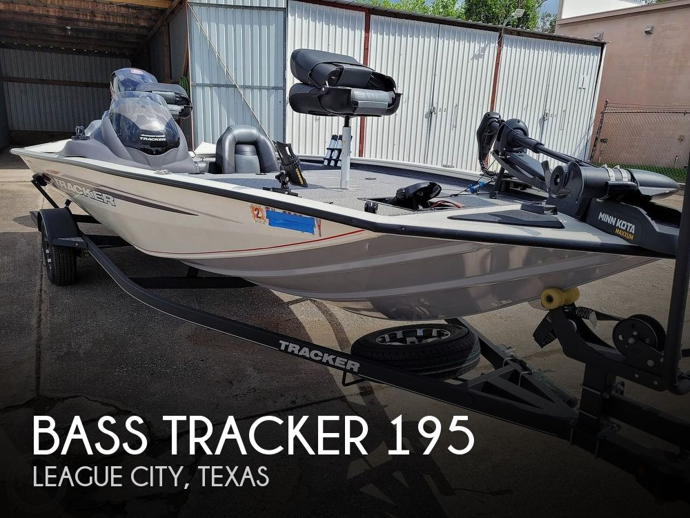 2020 Bass Tracker Pro boat for sale, model of the boat is 195 TXW Tournament Edition & Image # 1 of 40