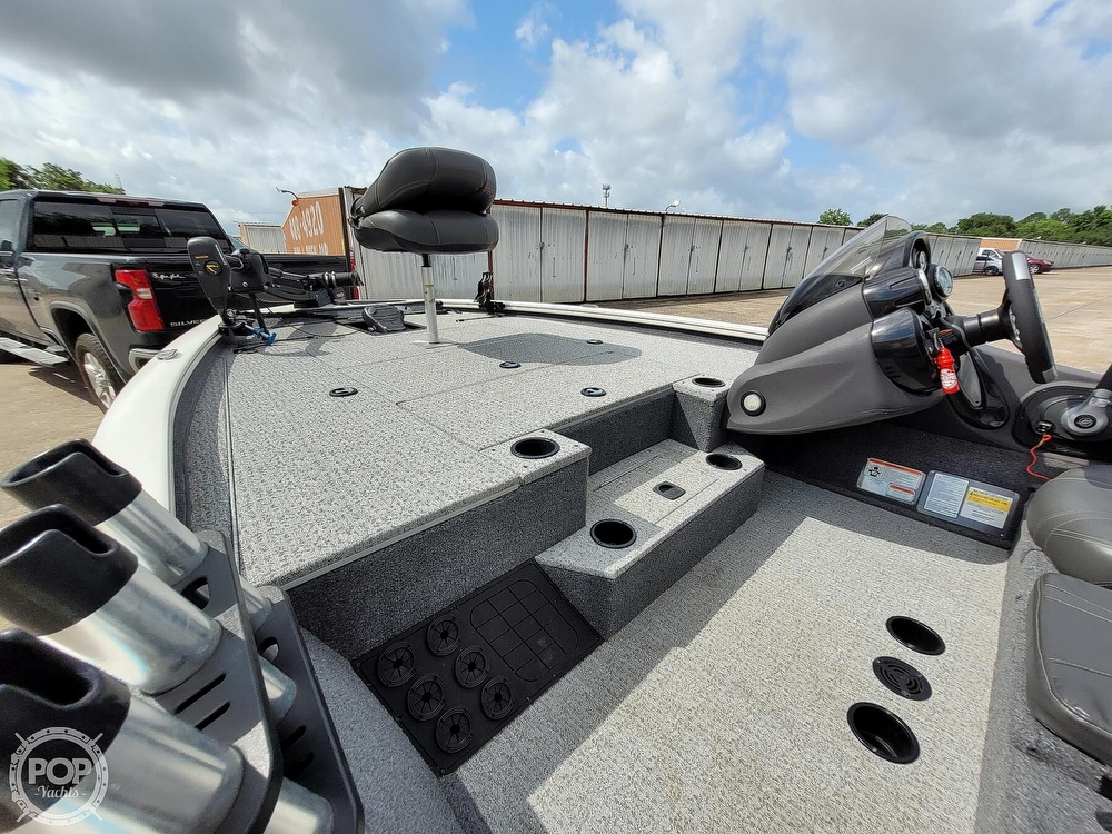 2020 Bass Tracker Pro boat for sale, model of the boat is 195 TXW Tournament Edition & Image # 26 of 40