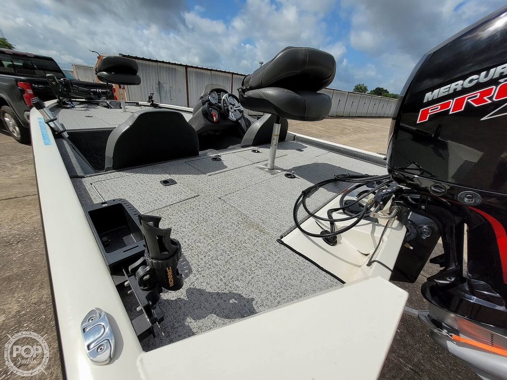 2020 Bass Tracker Pro boat for sale, model of the boat is 195 TXW Tournament Edition & Image # 28 of 40