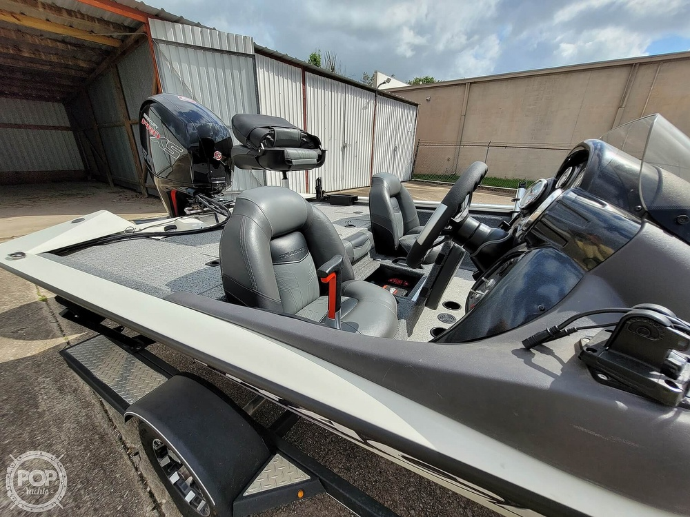2020 Bass Tracker Pro boat for sale, model of the boat is 195 TXW Tournament Edition & Image # 4 of 40