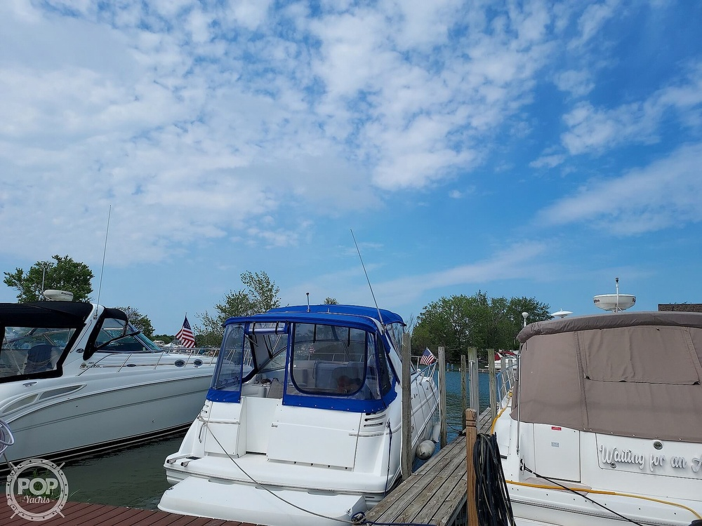 2000 Larson boat for sale, model of the boat is Cabrio 330 & Image # 7 of 40