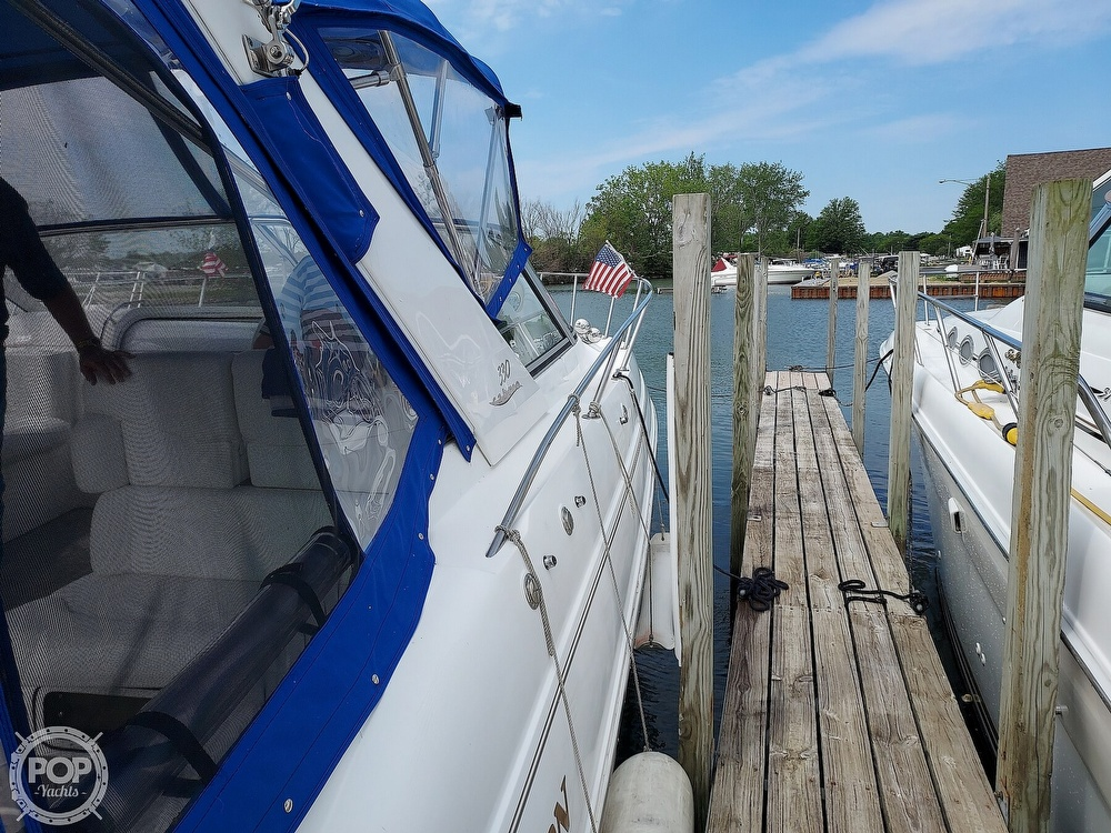 2000 Larson boat for sale, model of the boat is Cabrio 330 & Image # 32 of 40