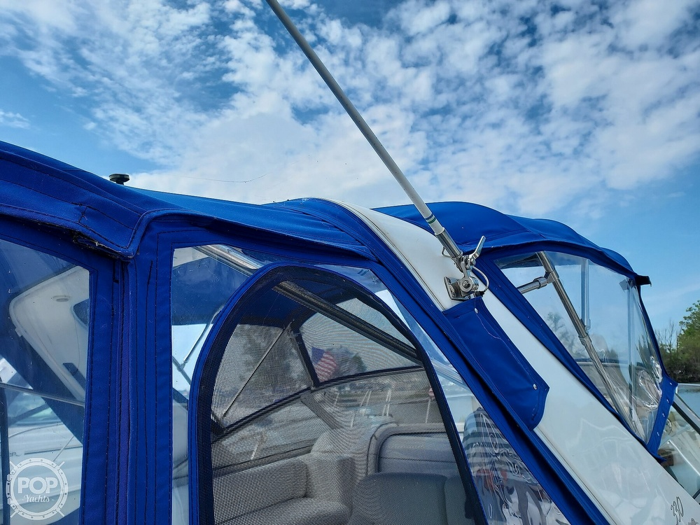 2000 Larson boat for sale, model of the boat is Cabrio 330 & Image # 35 of 40