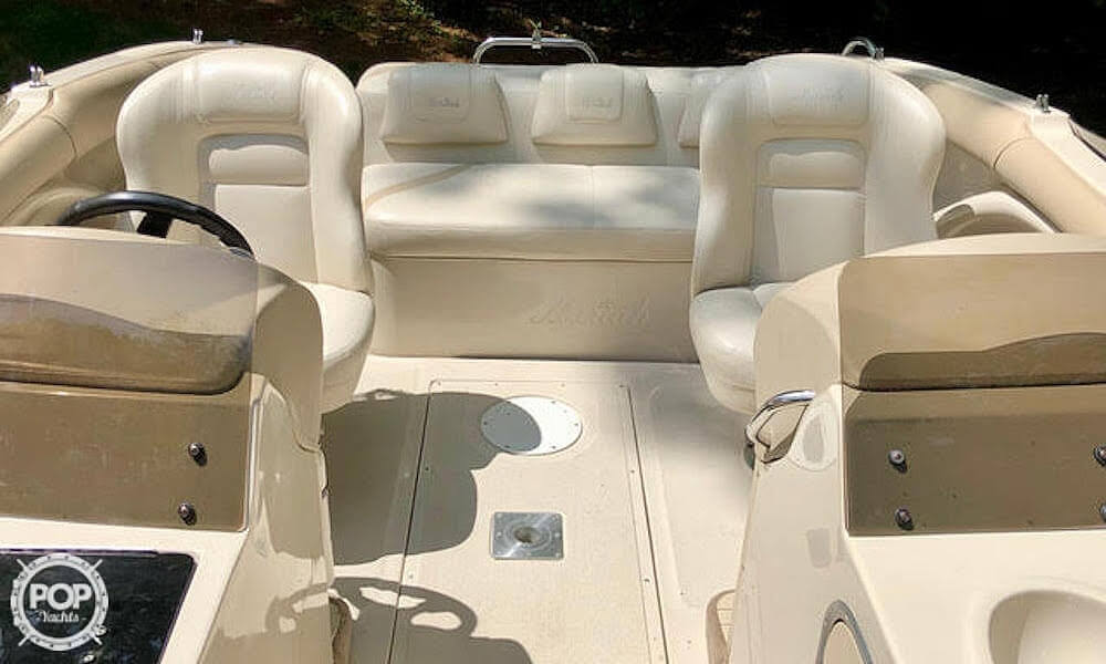 1999 Mariah boat for sale, model of the boat is Jubilee 214 & Image # 8 of 19