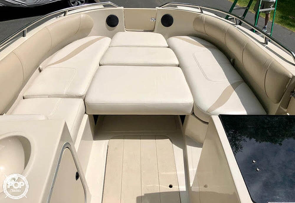 1999 Mariah boat for sale, model of the boat is Jubilee 214 & Image # 7 of 19