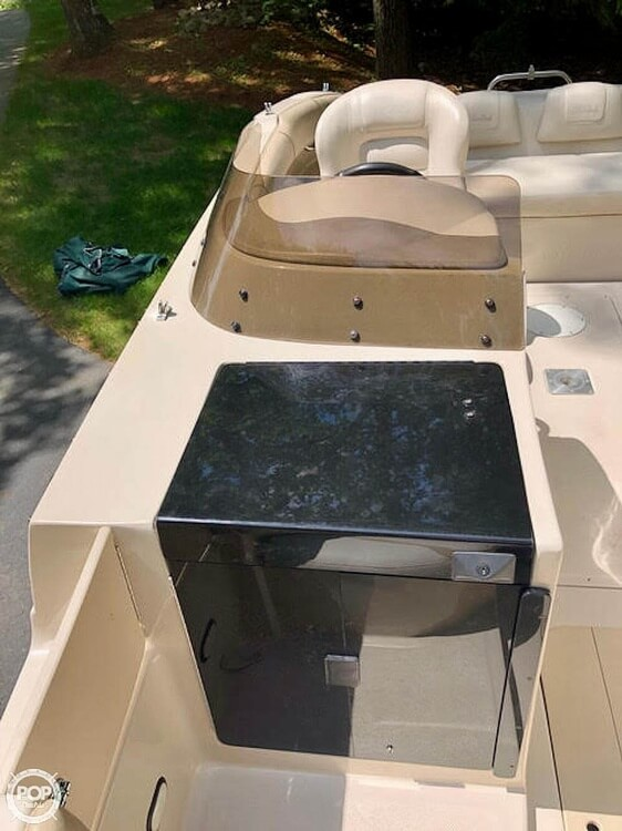 1999 Mariah boat for sale, model of the boat is Jubilee 214 & Image # 11 of 19