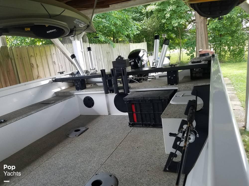 2012 Crestliner boat for sale, model of the boat is 18 Kodiak & Image # 21 of 40