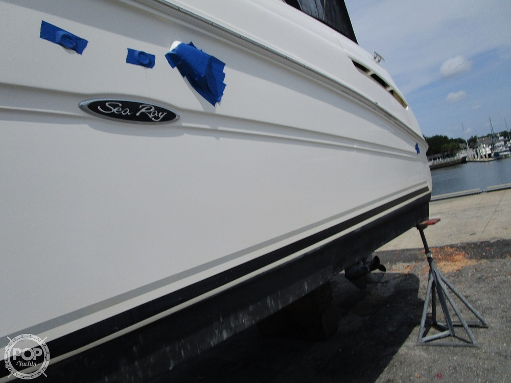 2007 Sea Ray boat for sale, model of the boat is 300 Sundancer & Image # 12 of 40