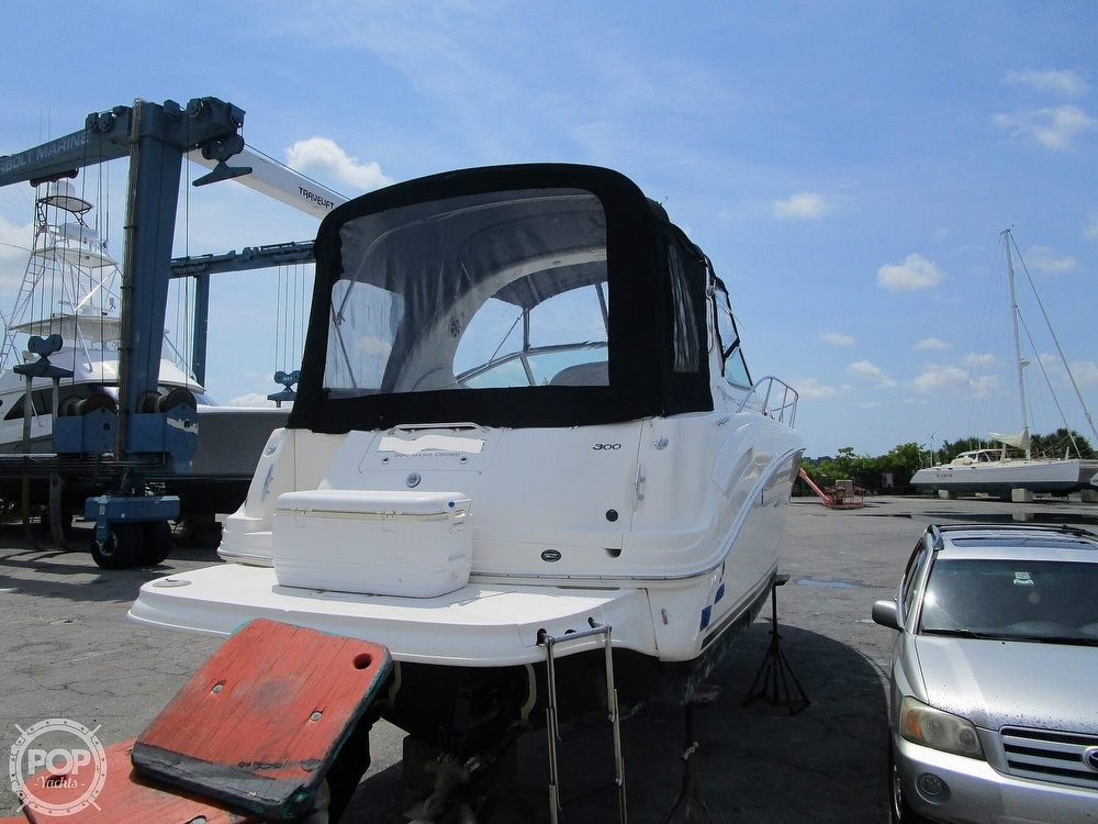 2007 Sea Ray boat for sale, model of the boat is 300 Sundancer & Image # 23 of 40