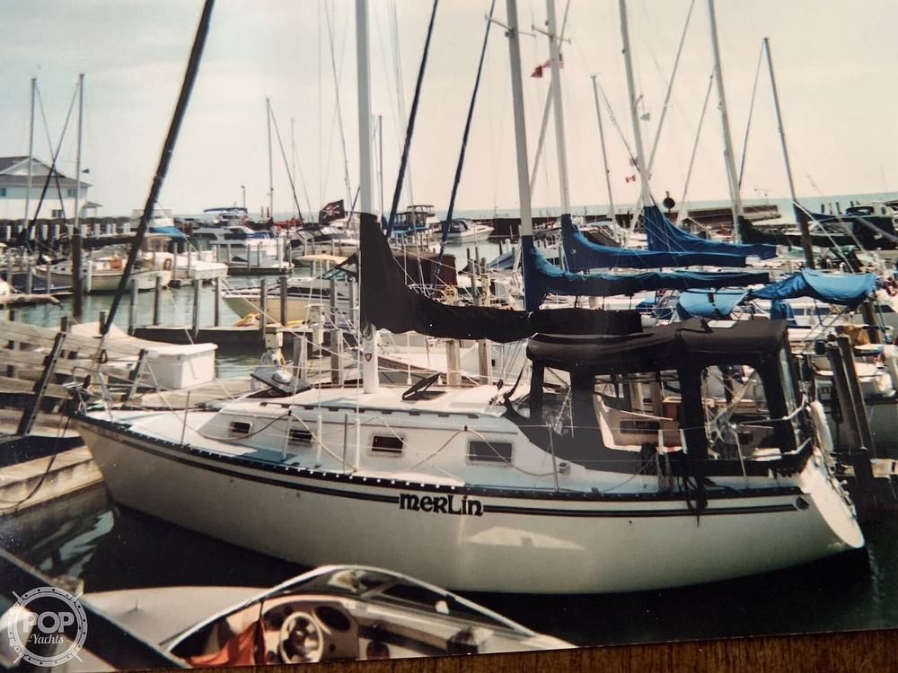 1980 Hunter boat for sale, model of the boat is 30 & Image # 2 of 40