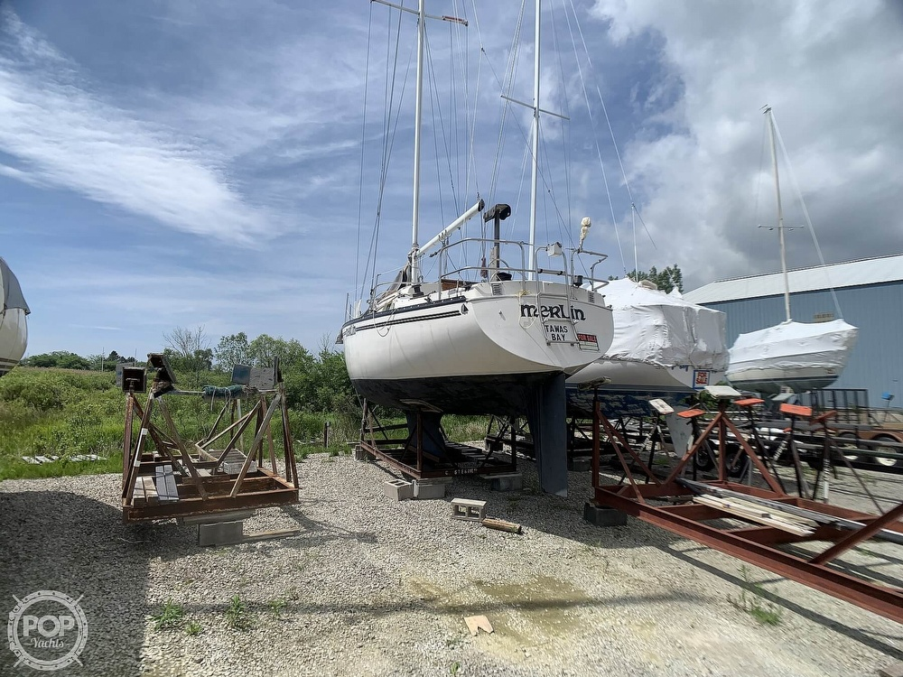 1980 Hunter boat for sale, model of the boat is 30 & Image # 5 of 40