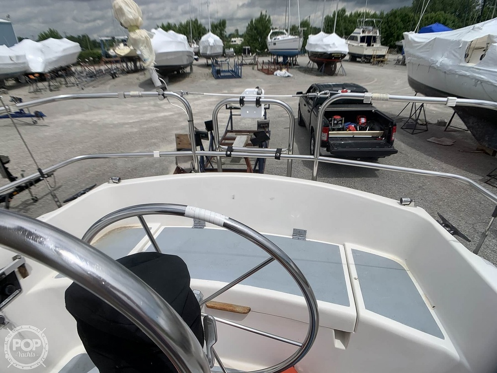 1980 Hunter boat for sale, model of the boat is 30 & Image # 31 of 40