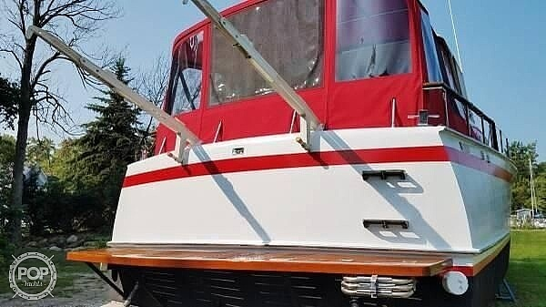 1964 Chris Craft boat for sale, model of the boat is Roamer & Image # 2 of 15