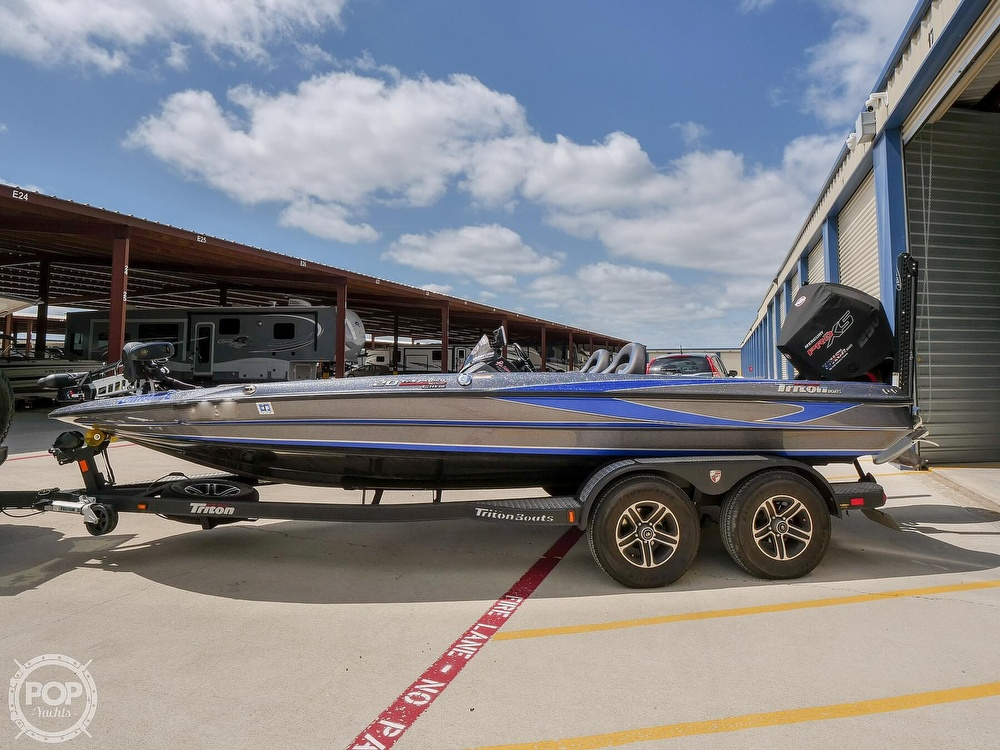 2019 Triton boat for sale, model of the boat is 20TRX Patriot Elite & Image # 2 of 40