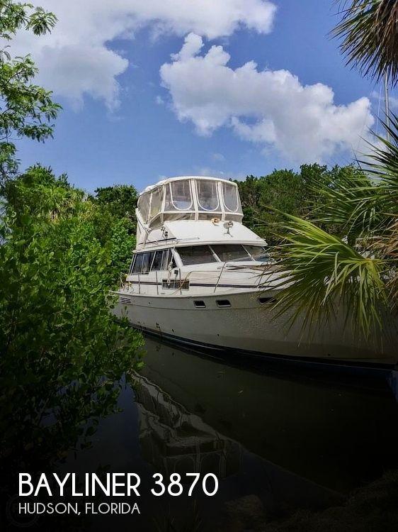 1987 Bayliner boat for sale, model of the boat is 3870 & Image # 1 of 40