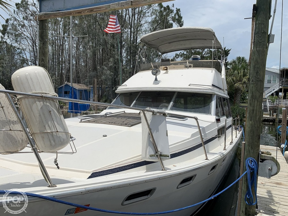 1987 Bayliner boat for sale, model of the boat is 3870 & Image # 5 of 40