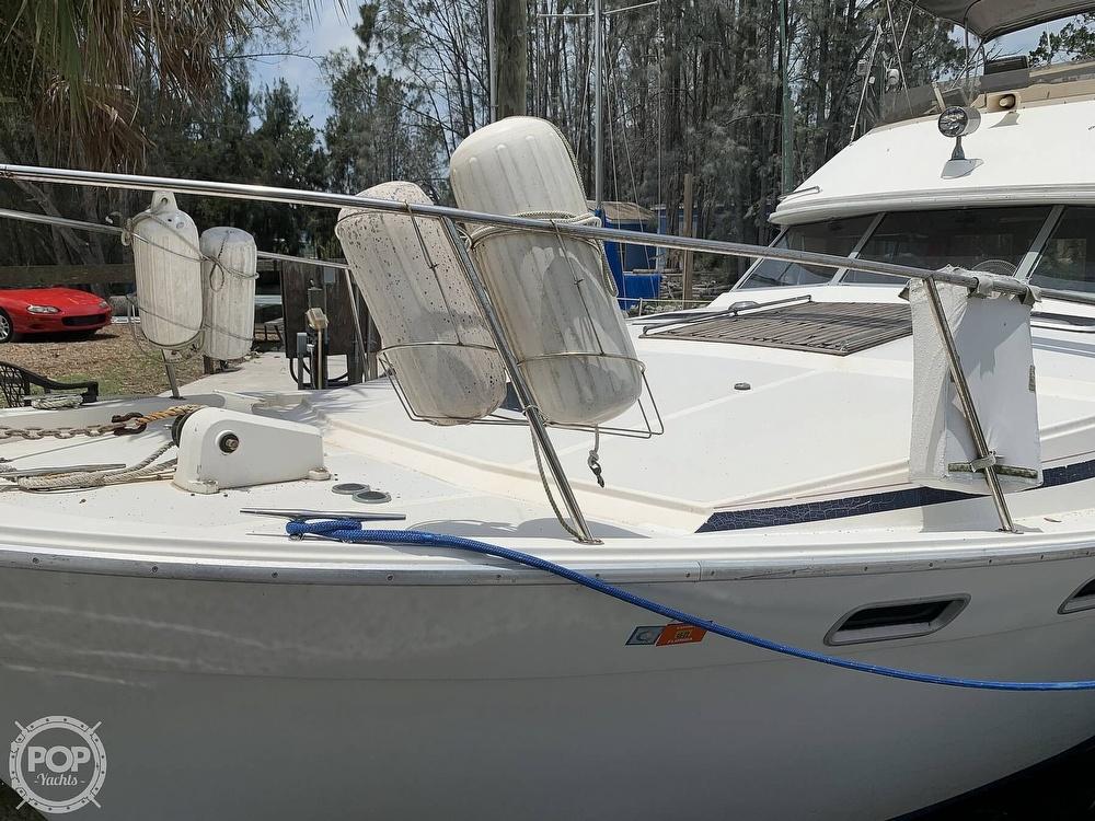 1987 Bayliner boat for sale, model of the boat is 3870 & Image # 7 of 40